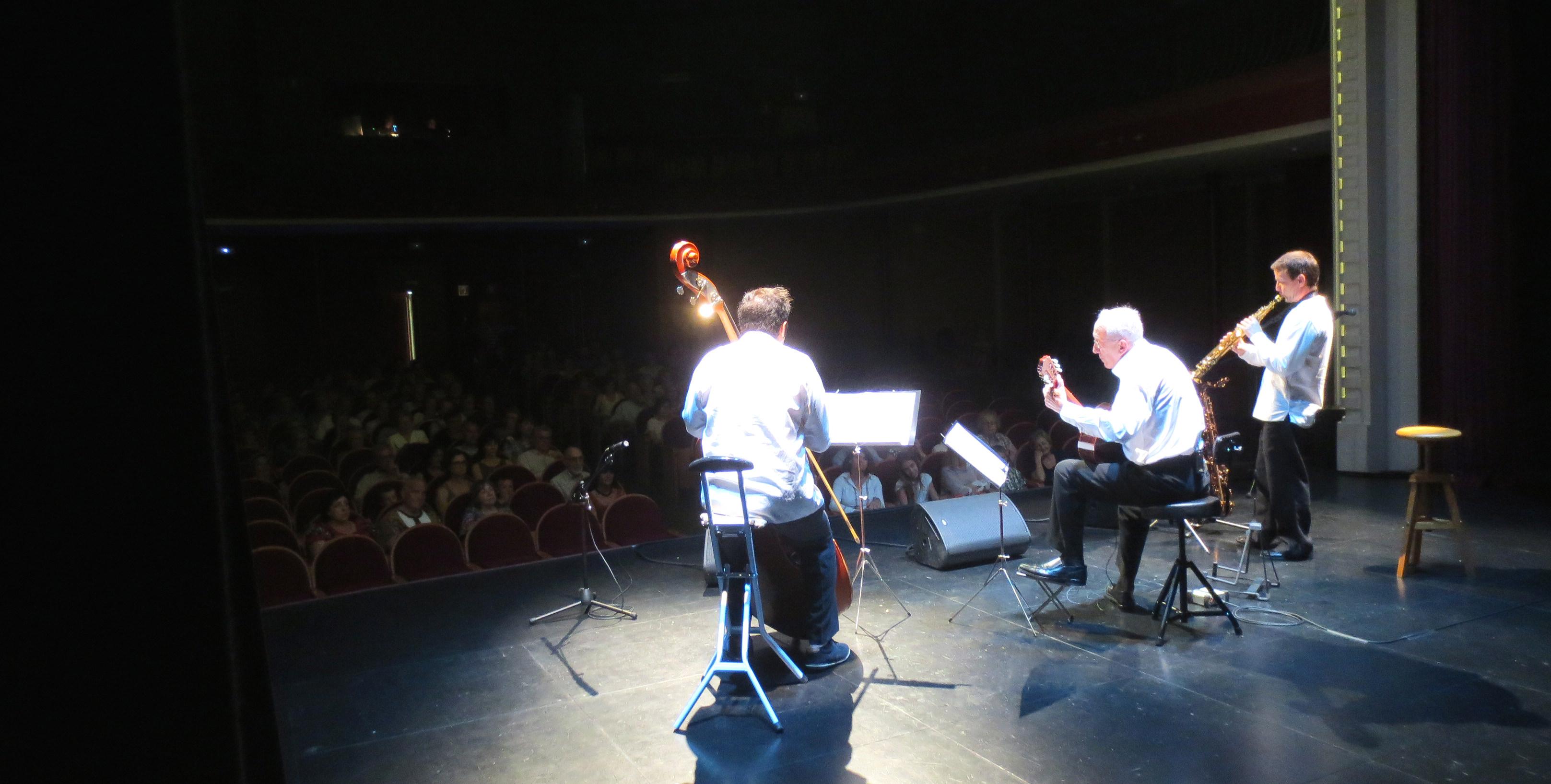 Concert a benefici de l'escola de Bobok