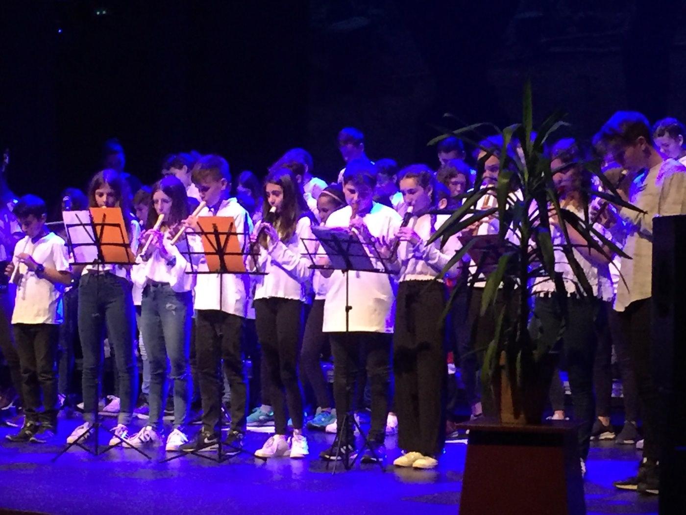 concert1IES